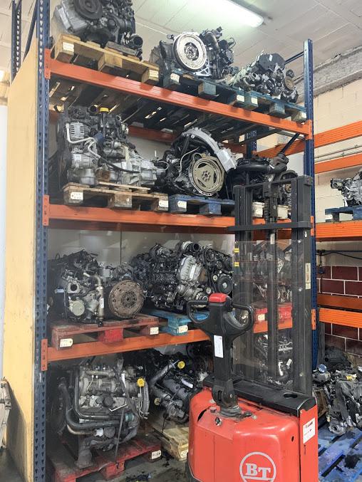 Estanterias motores - Talleres y Repuestos SEO